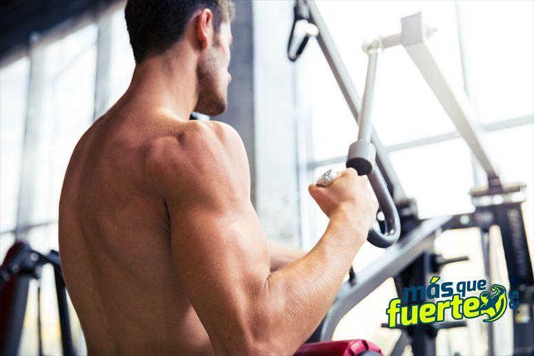 hacer pesas para coger masa muscular